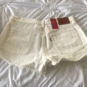 Levi's Shorts - Levi wedgie fit shorts NWT